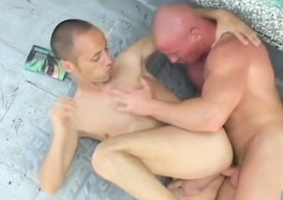 Handsome young trestle loves to performance his pain in the neck on his lover's stricken cock