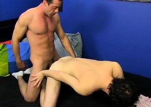 Hot twink Josh BJ's noisily on Mike's ginormous weenie befor