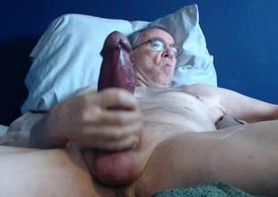 big cock grandpa lengthy stroke on cam (no cum)