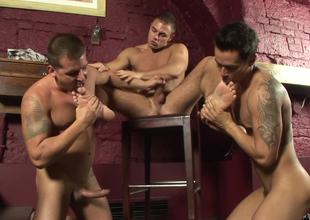 Brad Russel, Enrico Belaggio & Tom Gree gay 3some
