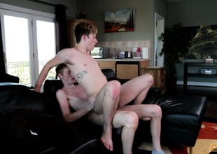 Two Internet buddies hook up for vibrant oral coupled with butt sex on the siamoise