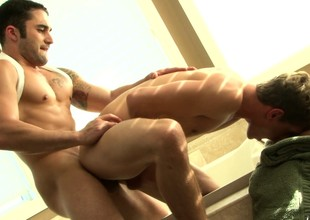 Putrefied cheerful trestle indulges in anal sex with the plumber in the bathtub