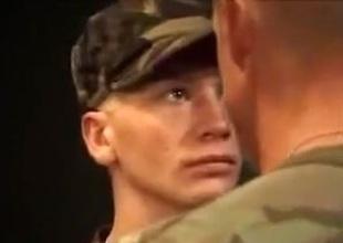 army 2 men