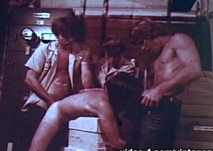 VintageGayLoops Video: Obtaining Some