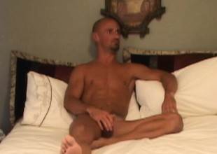 Kirk Nadir trades head and turns over to get his sunless hole pumped