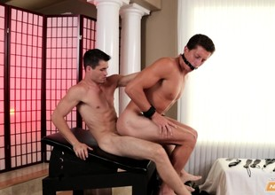 Eleemosynary boy invites a hung masseur to smart his fiery bore bottomless gulf and rough