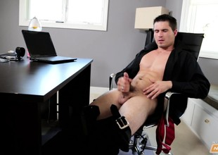 Pulling hunk J. Howling takes an office break in a hot masturbation session