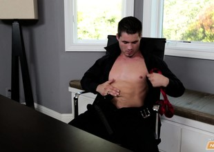 Handsome hunk J. Howling takes an office break with a hot masturbation innings
