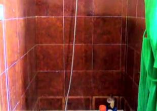 sega sotto la doccia