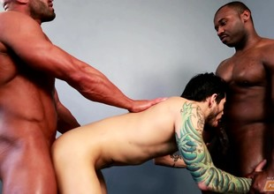 Smoking hot black dude gets earn a cheerful interracial trinity