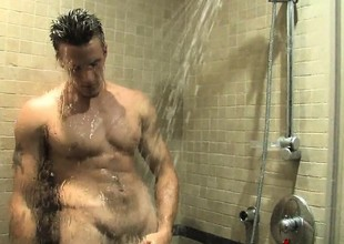Hot Trystan Slobber takes a shower and feeds his passion for hurt